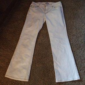 cabi Jean's size 8 flare leg